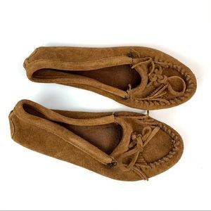 Minnetonka Flats Shoe Size 8.5 Moccasins Slip-on